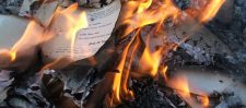महान इतिहासकार नै जला दिया सारा इतिहास